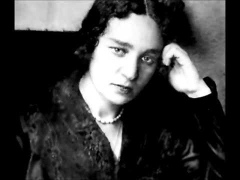 Maria Yudina plays Bela Bartok Mikrokosmos Book IV,  4  (97-121)