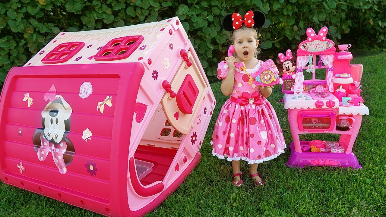 Minnie Mouse Dress Up Kit Perfect Gift to Kids !