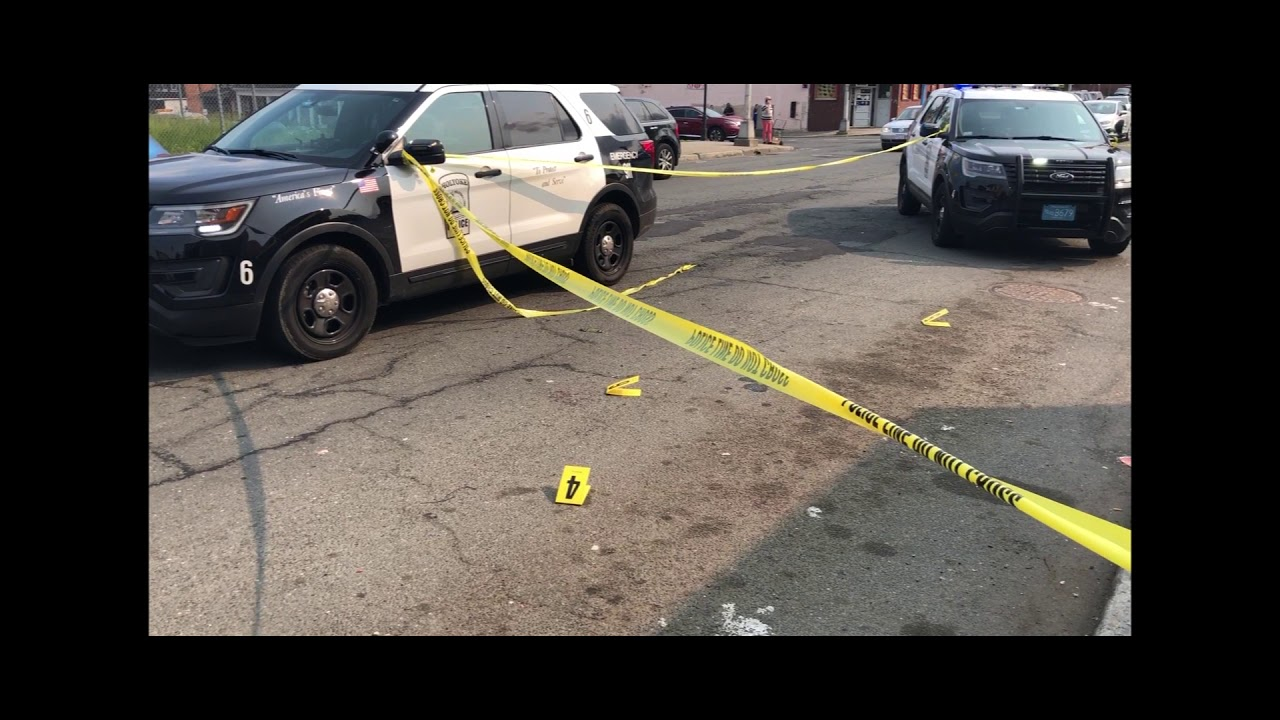 A Full Investigation Needed In Holyoke >> Holyoke Police Investigate Downtown Stabbing Youtube