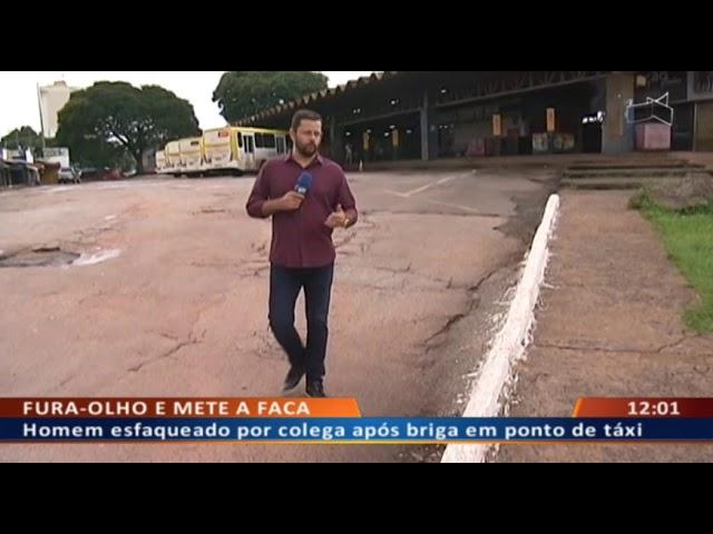 DF ALERTA - Homem esfaqueado por amigo após briga em ponto de táxi