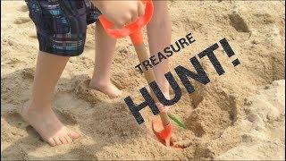 Roblox at the Beach! ~ Treasure Hunt ~ Blind Box ~ Fenwick Island ~ Beach Fun