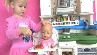 Беби Бон Кукла Катя кушает Играем в дочки матери Игры с беби боном Кухня игрушечная с приборами