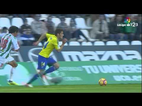 Resumen de Córdoba CF vs Cádiz CF (1-3)