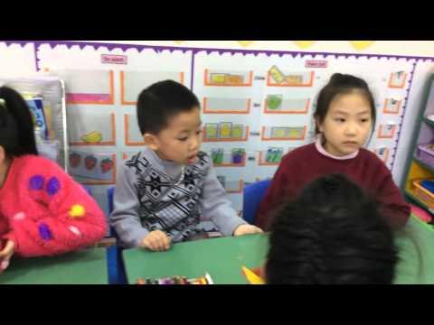 Hoạt động tạo hình lớp mẫu giáo lớn S5 trường mầm non Ngôi Sao Xinh