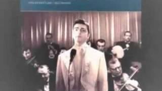 En Güzel Müzikler Zeki Müren Veda Busesi Hani O Birakip Giderken Seni [www.notalar.org]