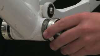 How to install and remove bottom bracket bearing