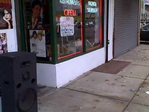 Broadway Music Center in North Newark - NJ