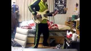 家にあったマーシャルのギターアンプにぶち込んでやりました。