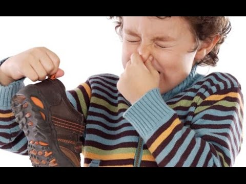 Tips simply eliminate foot odor when wearing boots, how to stop stinky feet - Tips in life