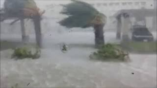 台灣梅姬颱風 中颱 強颱 護國神山 台中 金沙 金沙百貨 鷹架 倒塌 施工 天災