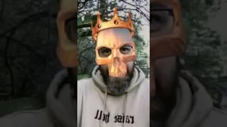 SIDO setzt Snapchat Maske auf