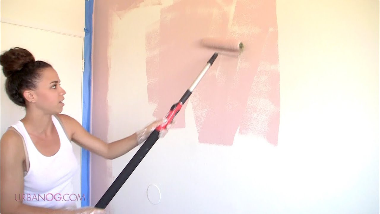 How to Paint a Room! Paint a Wall in 4 Simple Steps - YouTube