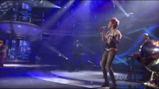 Siobhan Magnus - Superstition - Performance at American Idol 2010