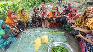 10 Full Goat Head & Mung Bean Gravy Curry Cooking For Villagers - Best Village Food Item