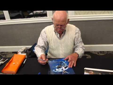The legendary voice of Skeletor Alan Oppenheimer signing autographs for Sweetly Signed!!