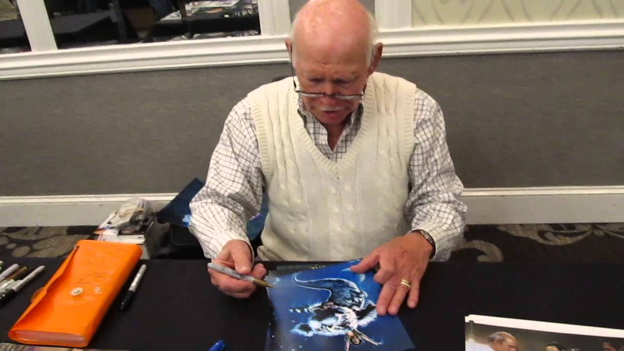 The Legendary Voice Of Skeletor Alan Oppenheimer Signing Autographs For Sweetly Signed Youtube Alan oppenheimer is one of the busiest of that breed of character actors who so expertly blend into the roles they're playing that they don't seem to be acting at all. youtube