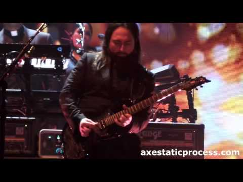 Madonna - Burning Up LIVE | Monte Pittman Guitar Solo - Rebel Heart Tour in Detroit