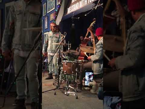 Ronald Bruner Jr drum solo w/ son on his lap