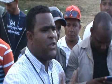 Dos reporteros gráficos denuncian intento de agresión durante visita de Abinader