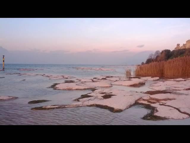 Stupenda Spiaggia di Sirmione al tramonto Giamaica Beach