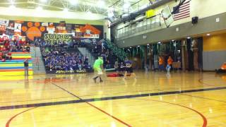 Sophomore Skit - Battle of the Classes