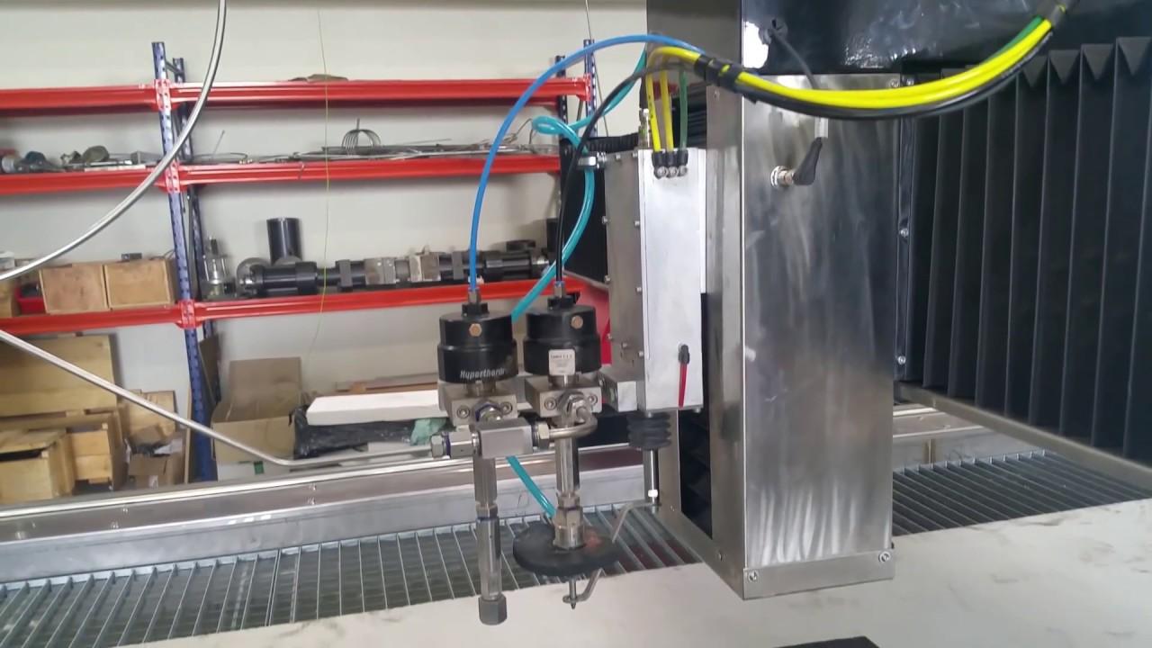MACHINE CNC DECOUPE JET D' EAU MD-X PHENIX TECHNOLOGIE