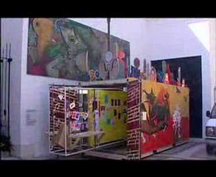 Documentary about Art Museum & Containers as gallery Space