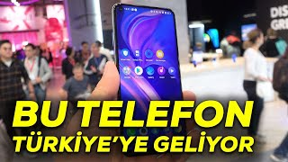 Fuarın sürpriz telefonu | Türkiye'ye de gelecek olan TCL Plex