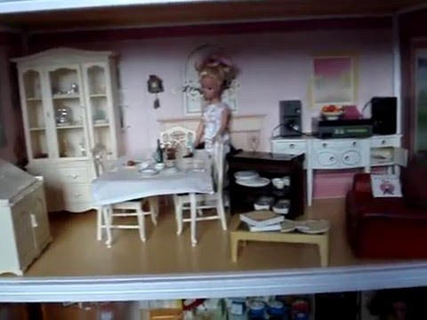 Vintage Sindy Dolls 1970s To 1980s Collectable