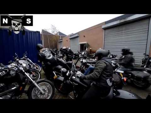 Arrestatieteam doet inval in huis van Henk Kuipers - gemaakt door Freakrunner Nederland