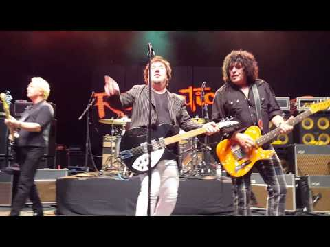 The Romantics - What I Like About You (Live) Freedom Hill, 9/18/2015