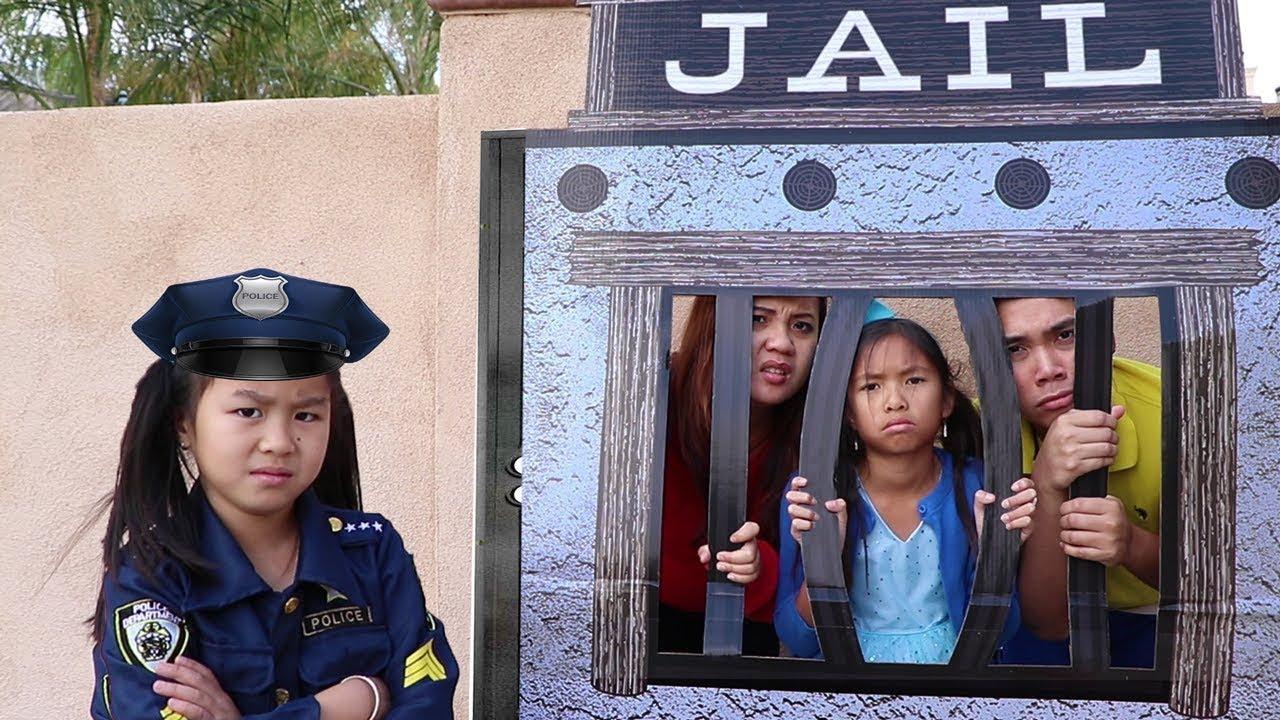 Police Jannie & Wendy Pretend Play LOCKED UP w Jail Playhouse