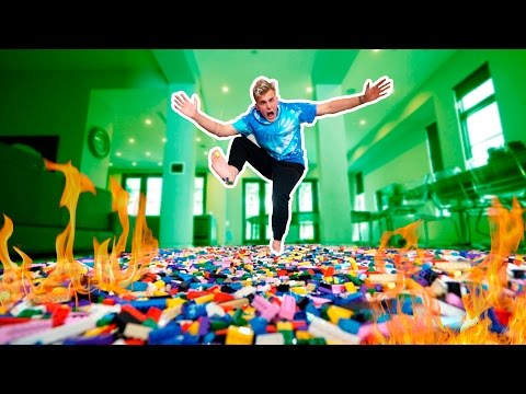 WALKING ON 1 MILLION BURNING LEGOS (PAIN GAME)