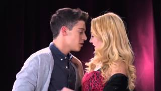 Repeat youtube video Violetta 2  Federico e Ludmilla cantano  Te creo    Episodio 51 - [HQ]