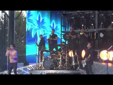 "Panic! At The Disco- ""LA Devotee"" (Live In Redmond July 29, 2016)"