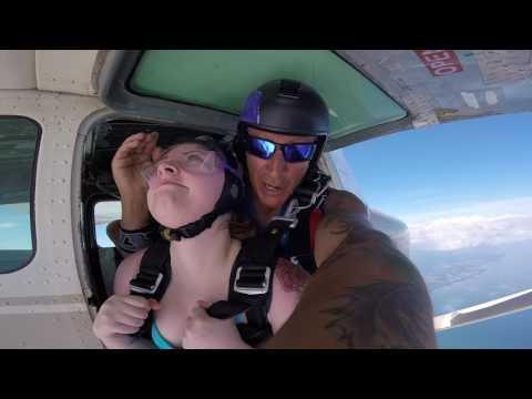 Skydiving Wasaga Beach First Time!!