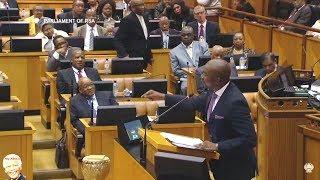 Drama In Parliament - Mmusi Maimane vs Jacob Zuma