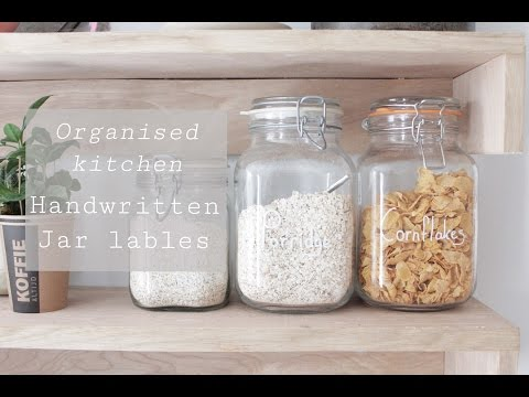 Handwritten labels, make your kitchen stylish and organised