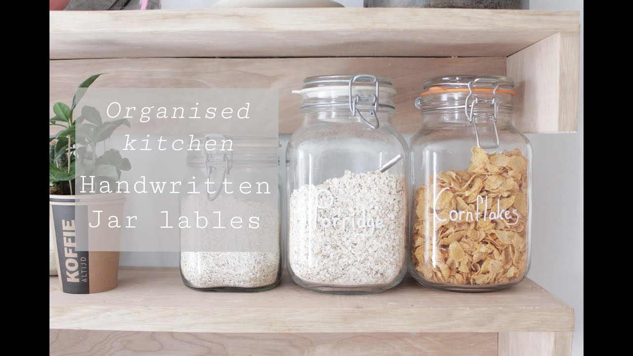 Handwritten labels make your kitchen stylish and organised