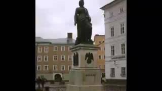 Wolfgang Amadeus Mozart - Menuett F-dur KV 2