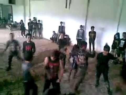 unit gawat darurat (UGD) Band live at gede bage