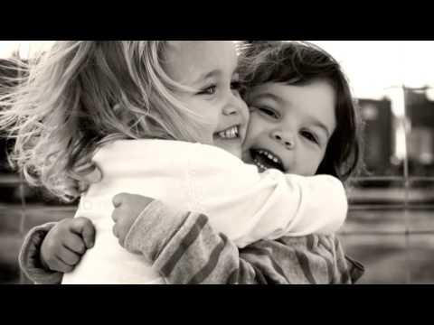 La amistad - Laura Pausini (lyrics) ♥