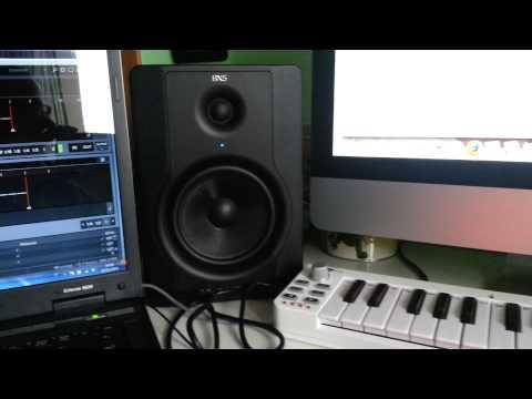 come costruire  studio di registrazione, produzione ,ableton live, pc,scheda audio ,monitor tastiera