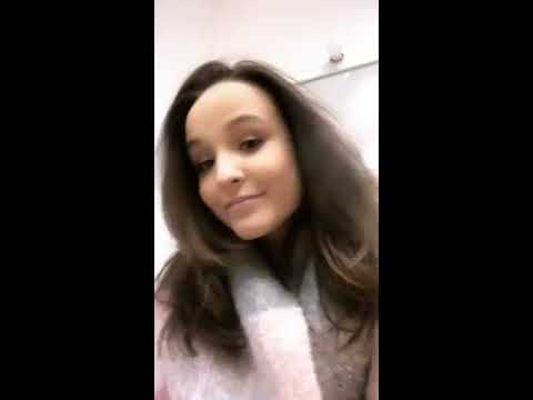 Larissa Manoela - Instagram Live 27 08 2018 - YouTube a80ef33837