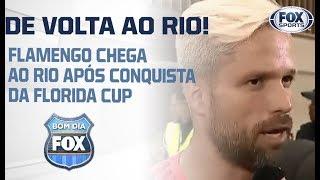 DESEMBARQUE! Flamengo retorna ao Brasil após a conquista da Flórida Cup
