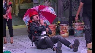 Download lagu KOCAK, Tarra Budiman Terjun Payung Pakai Payung Hello Kitty   OPERA VAN JAVA (05/07/18) 4-5