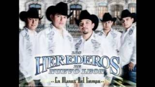LOS HEREDEROS EN VIVO (POPURRI INVASOR)