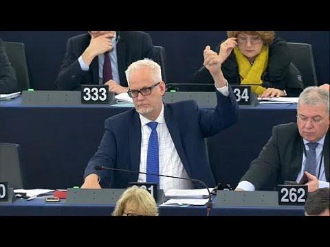 Parlamento Europeu aprova mecanismo de suspensão de fundos