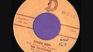 SPACE MEN  -  THE VELVETONES with TOMMY HUDSON & THE SAVOYS