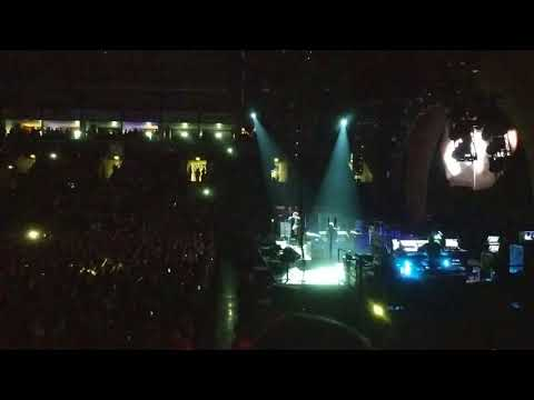 Noel Gallagher Dead in the Water Live -...
